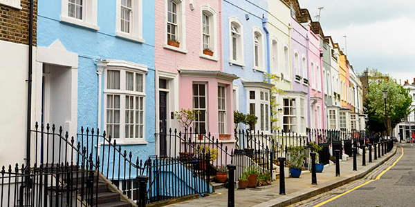 Brexit delay spurs the housing market